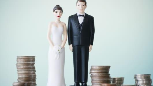 218883df1f These 4 Companies LOVE Wedding Season
