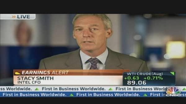 Intel CFO Talks on Earnings, Dividends & Europe