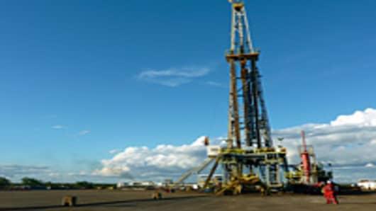 An oil drilling rig in the Junin 10 field in the Orinoco Oil Belt, in Anzoategui, Venezuela on January 24, 2012.