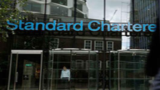 standard-chartered-02-200.jpg