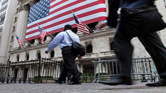 NYSE_trader_walking3_200.jpg