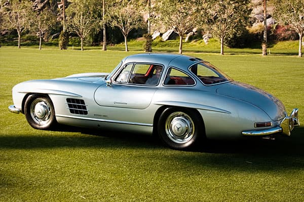 It was the fastest top-speed production car at the time. The 1954 edition was the first consumer-oriented (non-racing) car sold with fuel injection. Modern Day Successor:
