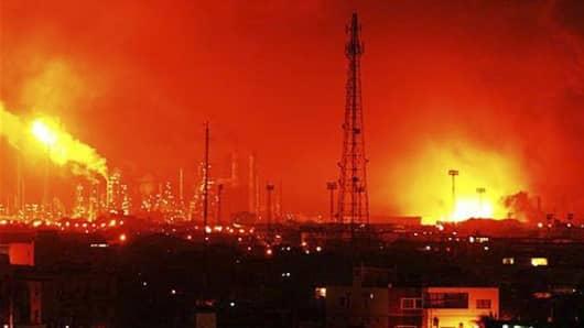 venezuela refinery explosion-1043744363_v2.jpg