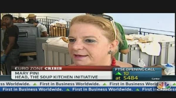 Greek Soup Kitchens Feeding 20,000 People Daily