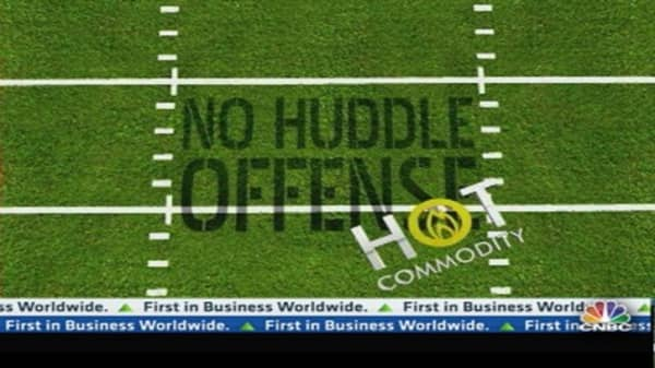No Huddle Offense: The Nat Gas Play