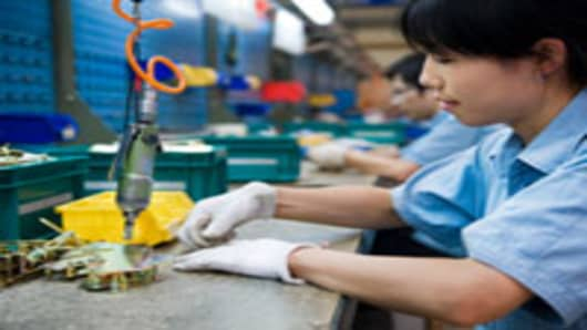 china-factory-work-assembly-line_200.jpg