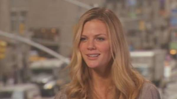 Sports Illustrated 2010 Swimsuit Cover Model, Brooklyn Decker