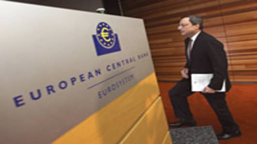 Italian president of European Central Bank (ECB) Mario Draghi arrives for a press conference in Frankfurt am Main, western Germany, on July 5, 2012.