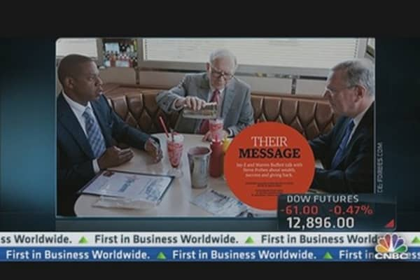 Buffett Explains Jay-Z Tie
