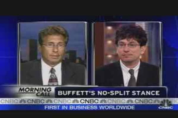 Should Buffett Split Berkshire?