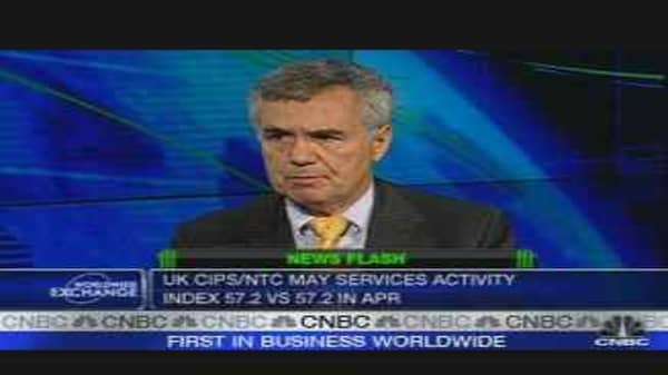 U.K. May Service Sector Steady