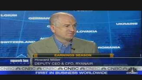 Ryanair CEO to Cut Flights