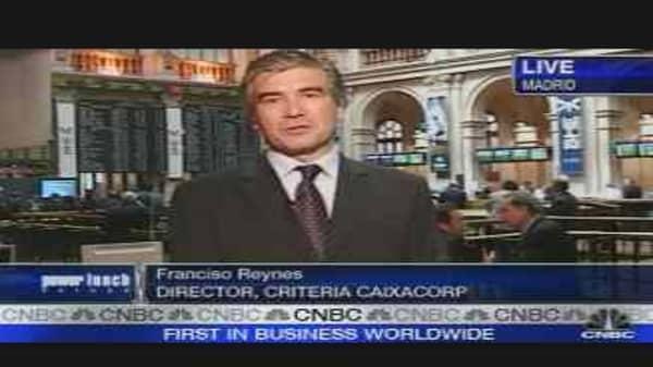 Criteria Caixa Shares Jump in Spanish Debut