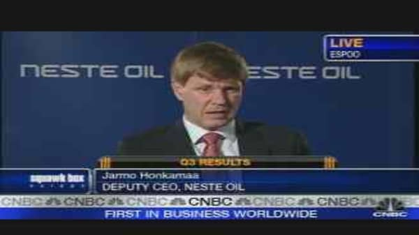 Weak Dollar Weighs on Neste Oil's Profits