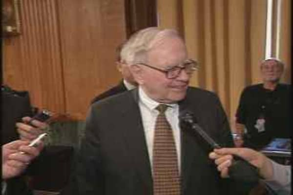 Buffett Hits the Hill