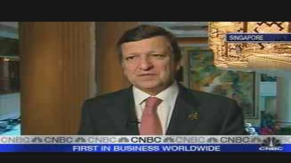 EU's Barroso Concerned on Euro Strength
