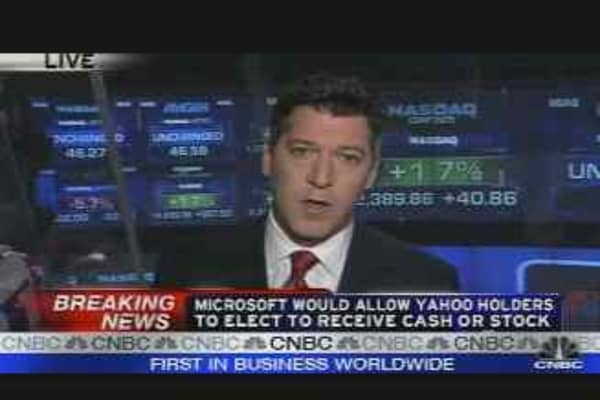 Microsoft Cash/Stock Deal for Yahoo