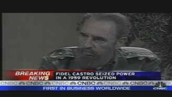 Fidel Castro Steps Down