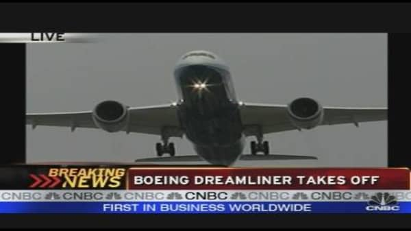 Boeing Dreamliner Takes Off