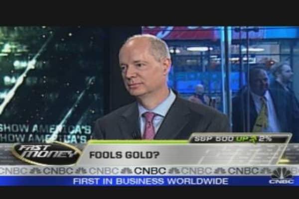 Wealthy Buying Gold En Masse