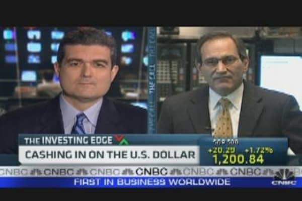 Cashing in on U.S. Dollar