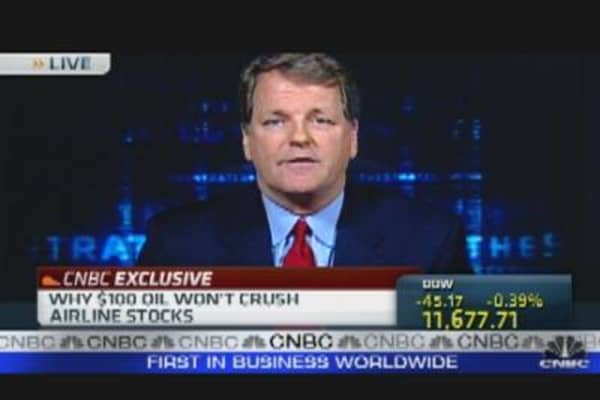 US Airways CEO Shares Industry Outlook