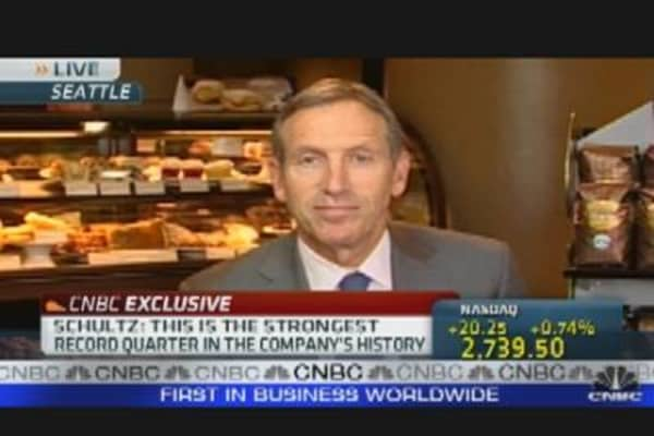 Starbucks CEO on Earnings, Outlook