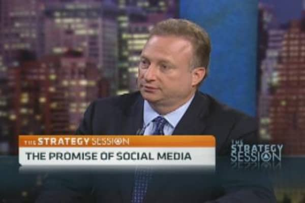 Why Top Ad Exec Places Bet on Social Media