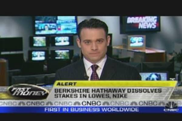 Berkshire Hathaway Dissolves Stake in Stocks