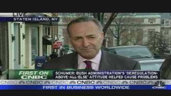 Schumer Reacts to Paulson