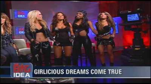 Web Extra: Girlicious Goes A-Cappella