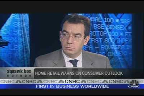 Retailers Feel the Credit Crunch