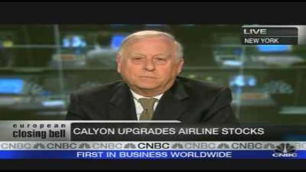 Catch 'Cheap' Airline Stocks