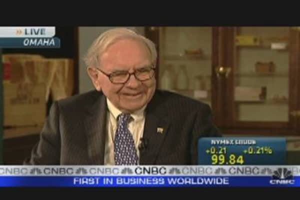 Buffett: Not Worried About Oil