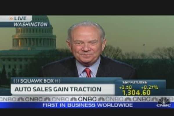 Auto Sales Gain Traction