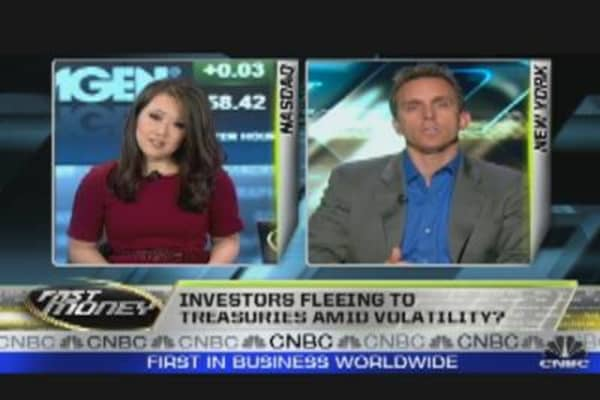 Fast Funds: Investors Flee Stocks for Bonds