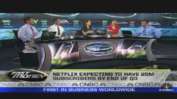 Netflix Sinks on Revenue Miss