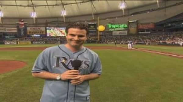 Rovell Sings National Anthem