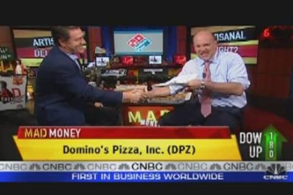Cramer: Domino's Knows How to Deliver!