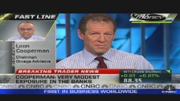 Leon Cooperman on Banks, Apple