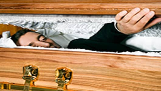 man-alive-coffin-200.jpg