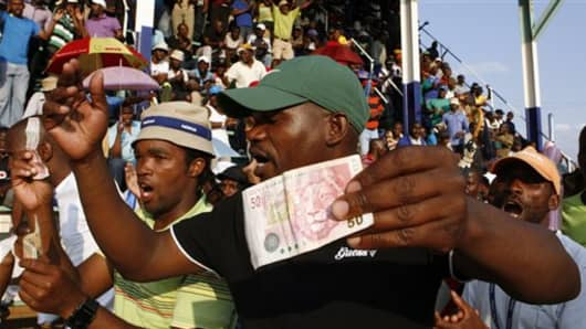 south africa mining violence --434128936_v2.jpg