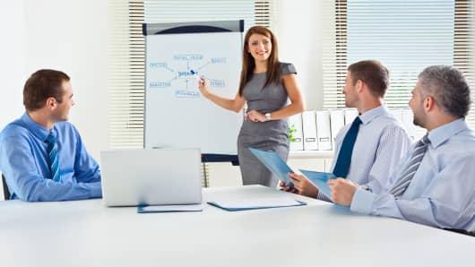 business-people-meeting-200.jpg