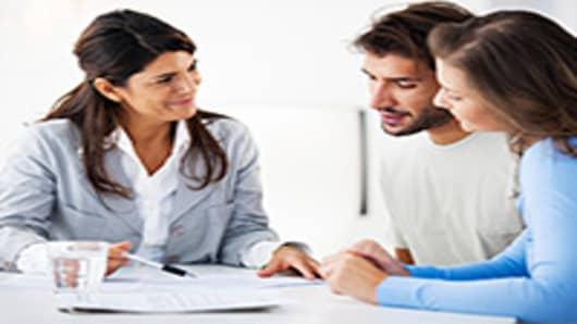 young-couple-financial-advisor-200.jpg
