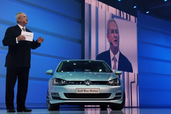 The seventh generation of the golf model is described by Martin Winterkorn, CEO of Volkswagen as the most efficient model the company has ever had. Although the exterior of the car does not look dramatically different, VW says the new Golf is up to 100kg lighter than the old one which not only benefits fuel consumption and emissions, but also promises a positive effect on handling dynamics. The seventh generation should be available from as early as November.