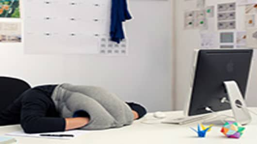 OSTRICH-PILLOW_Studio-Banana-200.jpg