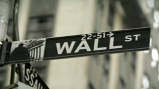 Wall Street 'Delusional' on Pay: Feinberg
