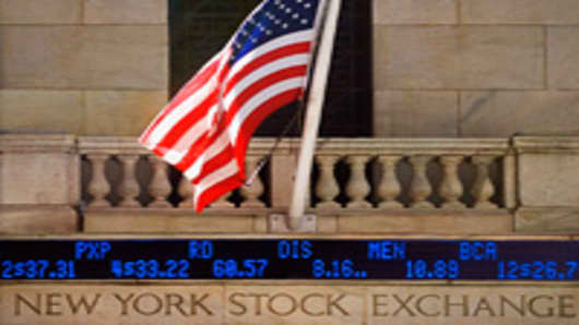 Stock Market to Remain Closed Tuesday
