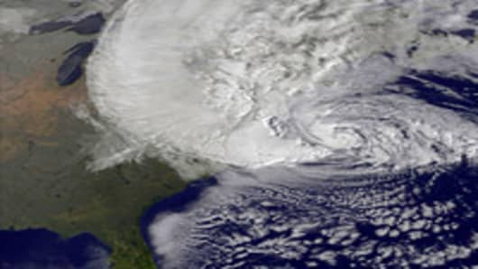 Stranded by Sandy? How to Get Faster Airline Help