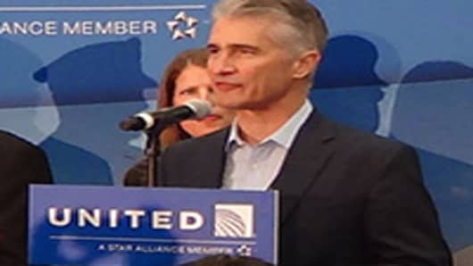 Onboard United's Inaugural 787 Dreamliner Flight